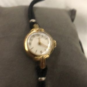 VINTAGE TIMEX LADIES WATCH